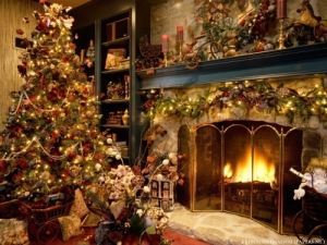 ChristmasTreeFireplace1024127315