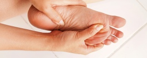 0034-15-P5-LB-Foot-Care-Tips_Tired-Feet-940x375